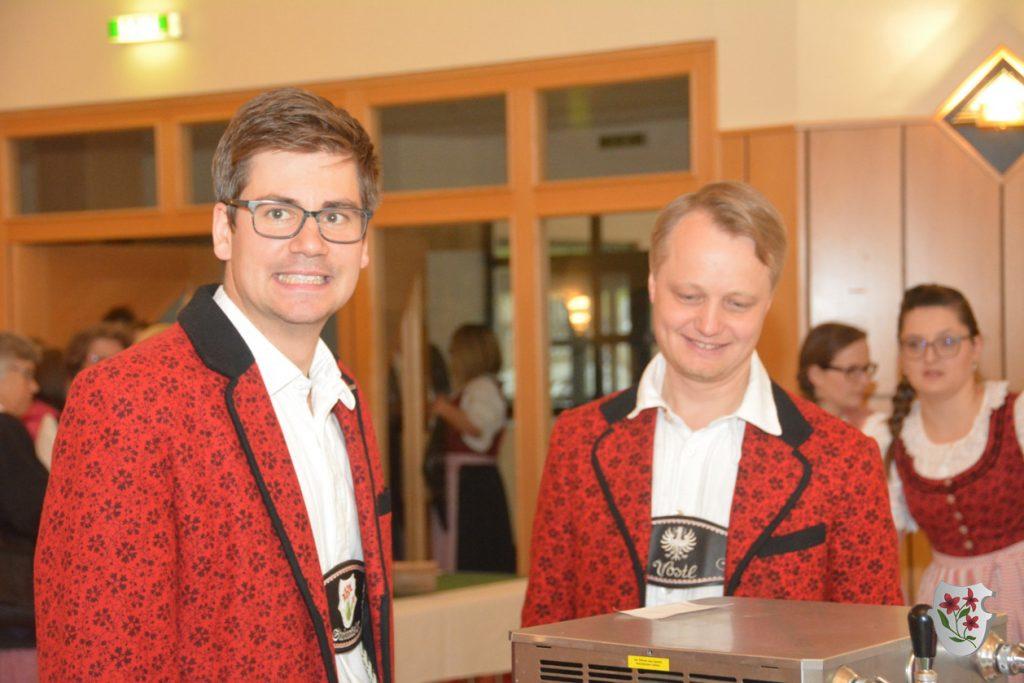 Chorleiter Julian mit Clemens, der extra aus NÖ angereist ist