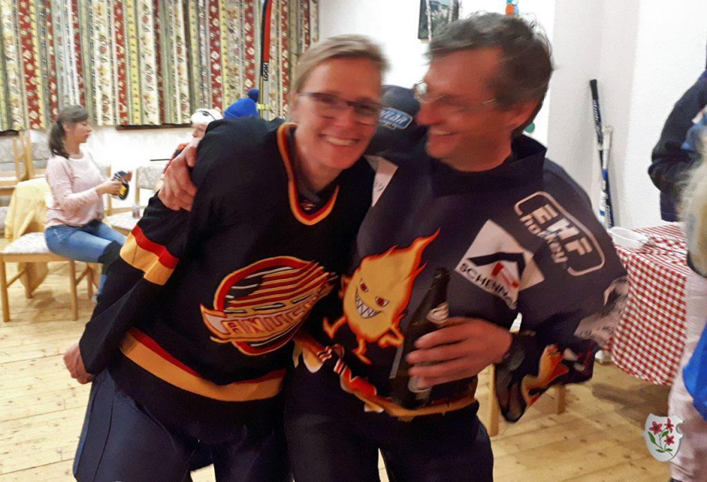 Siegesfeier beim Eishockey-Dreamteam