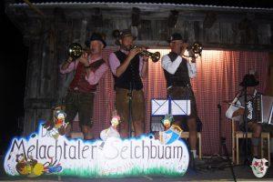 Auch nach dem Theater geben die Melachtaler Selchbuam nochmal Gas